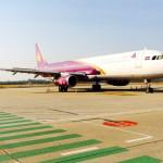 プノンペン空港とカンボジアアンコール航空の調査
